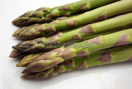 asparagus on plate 3