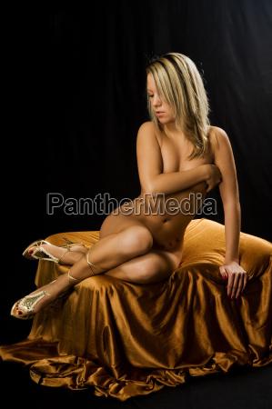 mujer sensual erotico acto erotismo plantear
